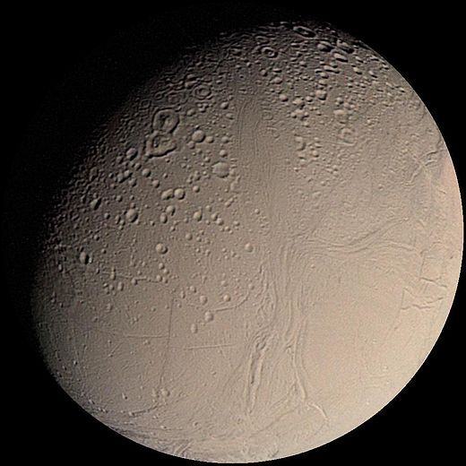 520px-Enceladus_from_Voyager