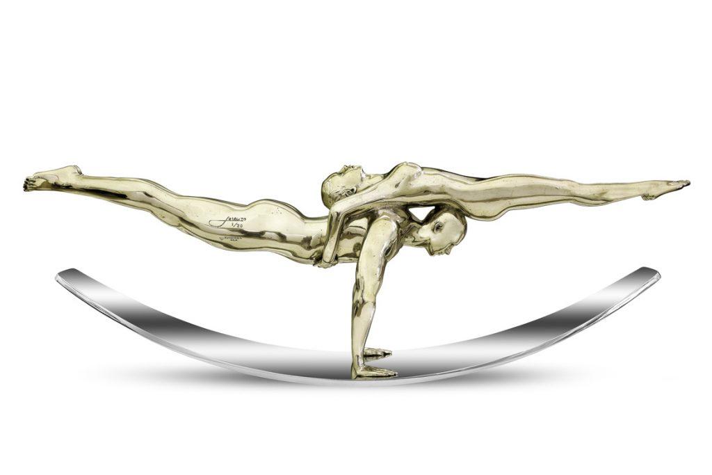 Balance-of-Love-01-Sculptures-Lorenzo-Quinn